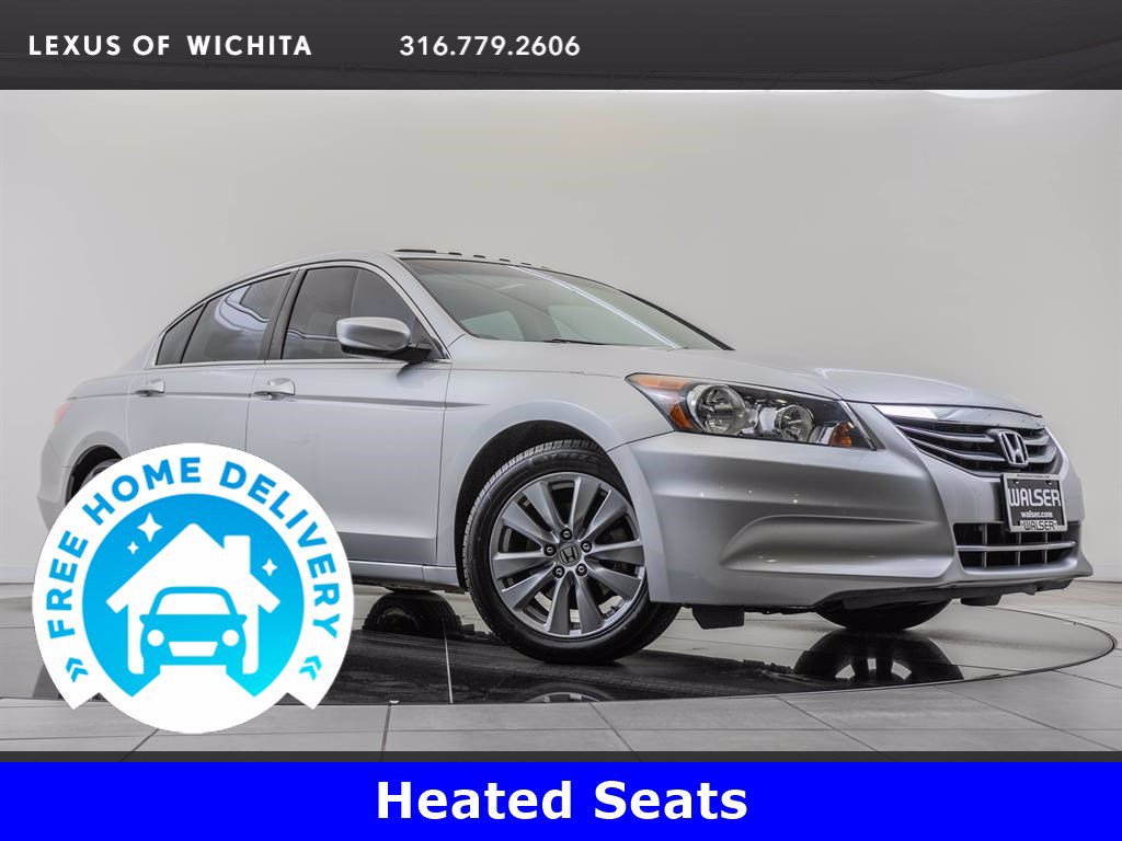 Pre-Owned 2012 Honda Accord Sdn Moonroof