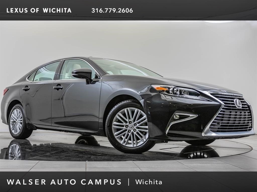 Pre-Owned 2016 Lexus ES 350 Premium Package