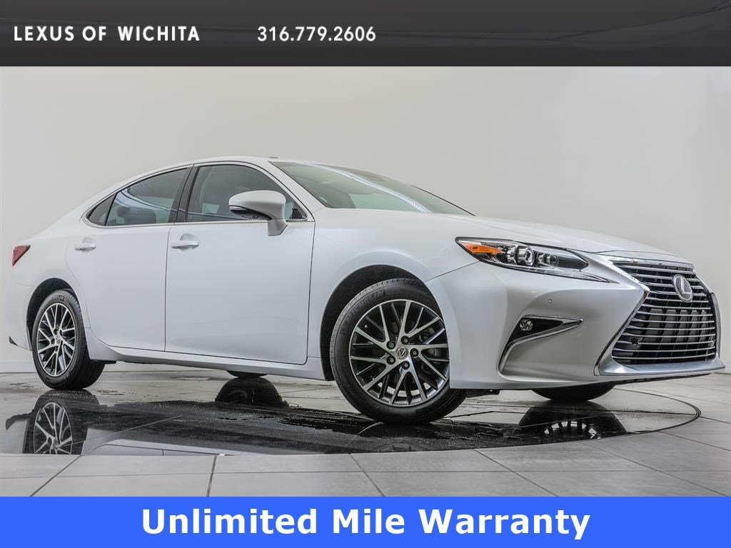 Pre-Owned 2016 Lexus ES 350 Luxury Package, Navigation
